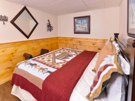 Pigeon Forge - Traveler's Rest - Bedroom 3