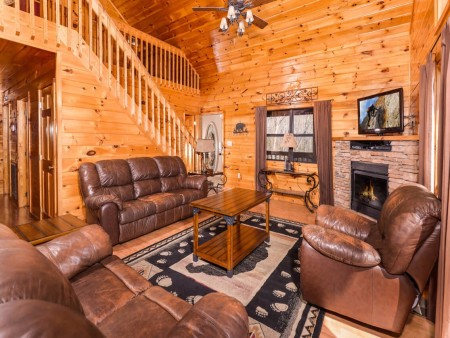 Wild Turkey Lodge Living Room