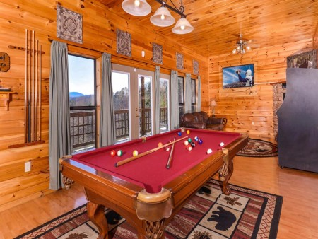 Wild Turkey Lodge Recreation Room