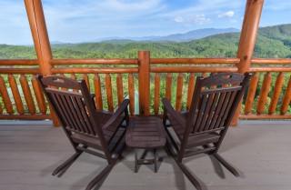 Pigeon Forge - Fitzgerald's Shamrock Chalet - Deck Seating
