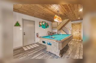 Gatlinburg - Chalet Luzerne - Rec Room