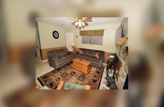 Gatlinburg - Mountain Paradise - Living Room