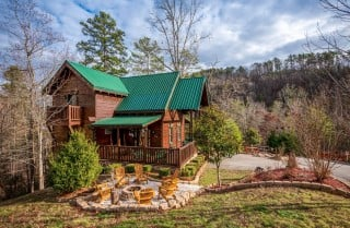 Pigeon Forge Cabin -Awesome Getaway and a Theater – Exterior with Fire Pit