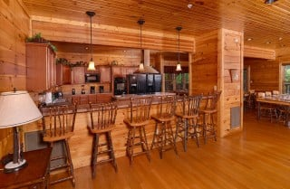 Gatlinburg Cabin - Bearskin Lodge - Kitchen Bar