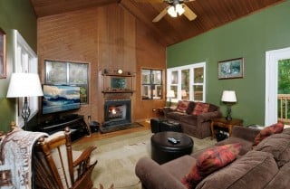 Gatlinburg - Mountain Therapy - Living Room