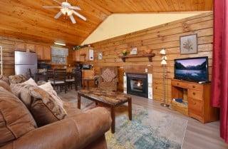 Gatlinburg Cabins - Precious Moments - Living Room
