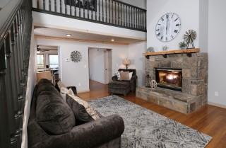 Gatlinburg  - Rocky Top Lodge - Living Room