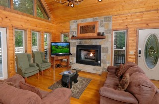 Gatlinburg - Unforgettable - Living Room