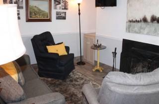 Gatlinburg  - Oak Square 210 - living room