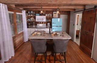 Gatlinburg Cabin- On River Time – Kitchen