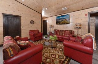 Large Cabins in Pigeon Forge — Big Forest Lodge