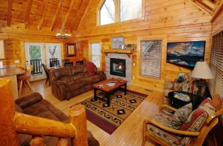 Pigeon Forge - Big Sky Lodge - Living Room