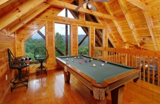 Pigeon Forge Cabin - Higher Ground - Pool Table