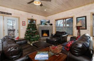 Pigeon Forge - Hummingbird Hill Lodge - Living Room
