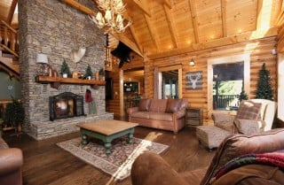 Pigeon Forge - Lookout Lodge - Living Room