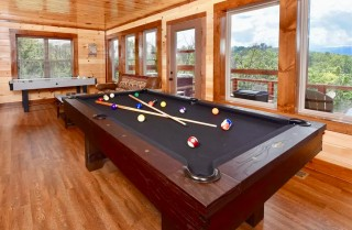 pigeon forge - love view too - rec room