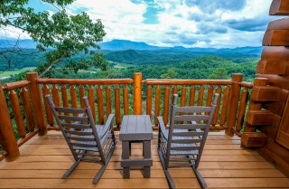 Pigeon Forge - Misty Blue - View
