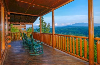 pigeon forge cabin – mt leconte views lodge – deck