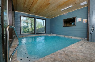 pigeon forge cabin – serenity in the mist – pool