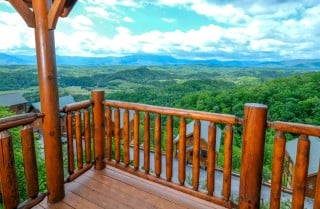 Pigeon Forge - Shooting Star - Deck