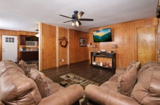 Pigeon Forge - Sleepy Bear Ranch - Living Room