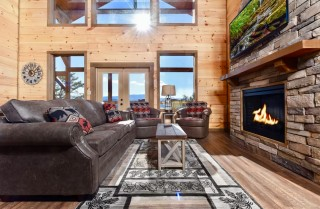 Pigeon Forge - Sweet Mountain Retreat - Living Room