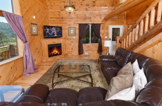 Pigeon Forge - Timber Toy - Living Room